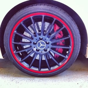 Alloy wheel repair and custom detailing